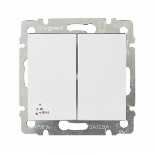 Valena IP44 fehér 106+6 kapcsoló Legrand 770098